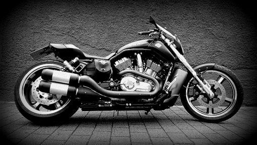 Harley Davidson V-Rod Motorrad Felgenverbreiterung by Georg Deget